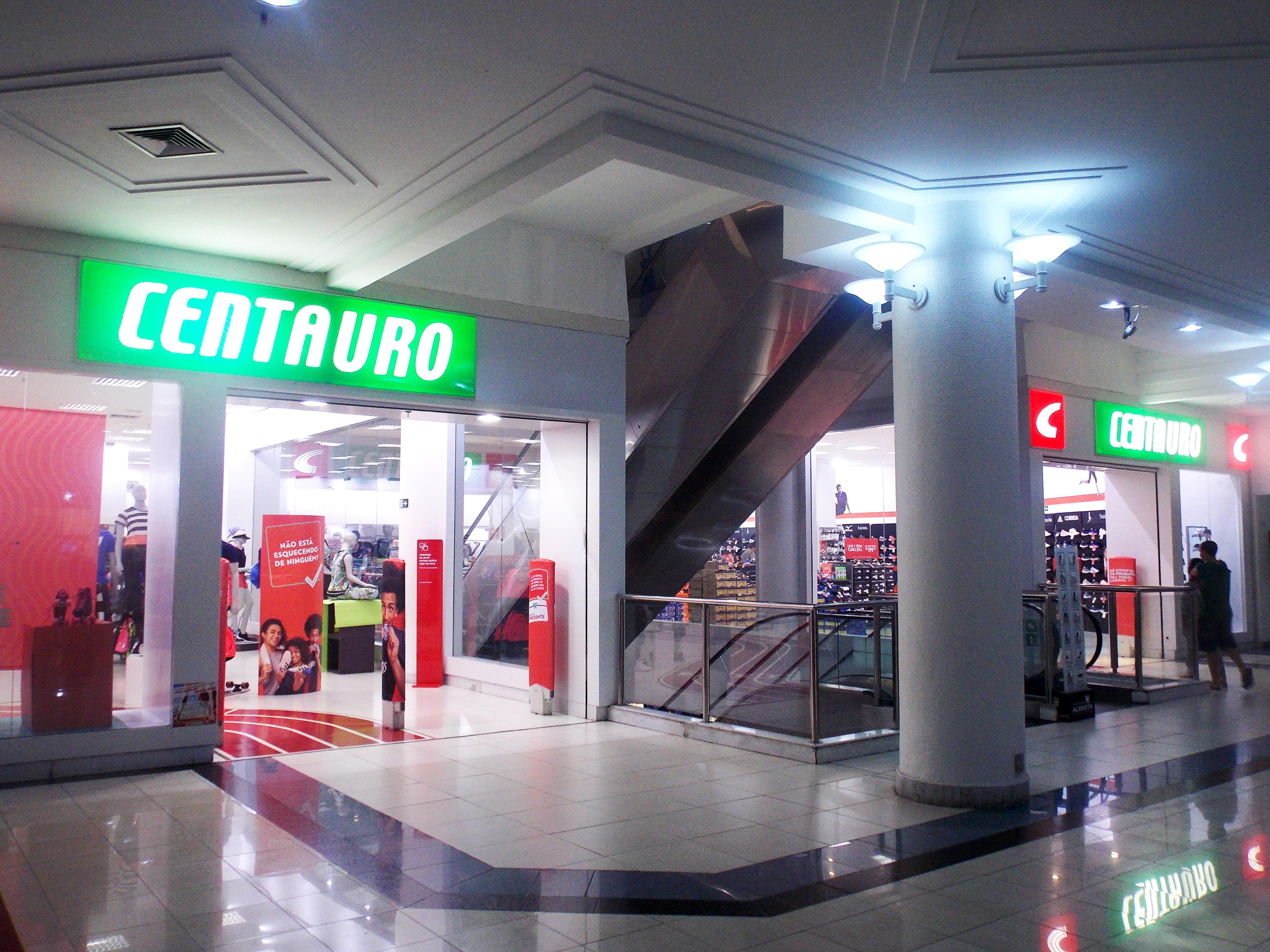 f5ab2afa095 Centauro - Shopping Aldeota
